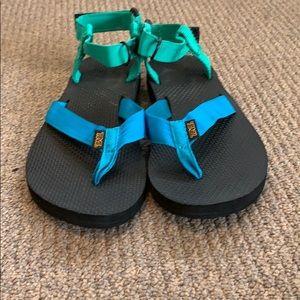 Teva women sandals size 7